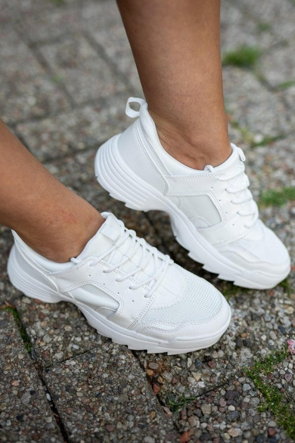 Sneakersy Crystal White
