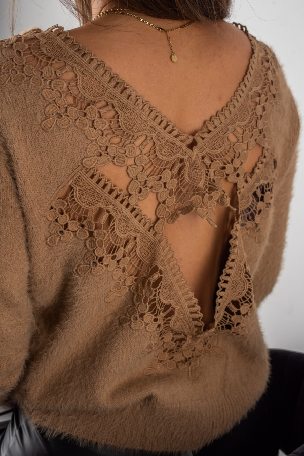 Sweter lacy camel