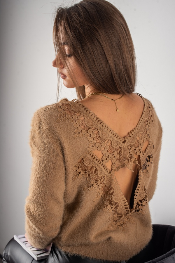Sweter lacy camel 3