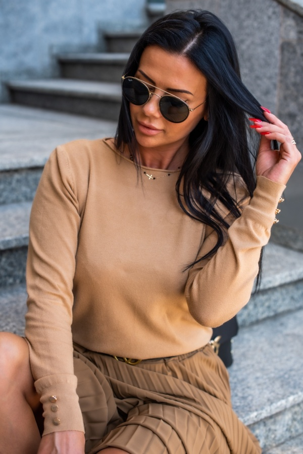 Sweter Buttons camel